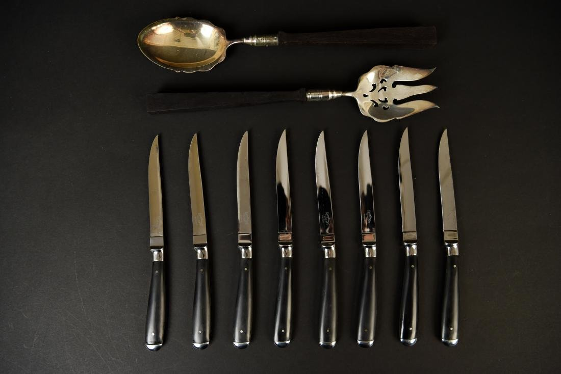GROUPING OF SERVINGWARE AND KNIVES