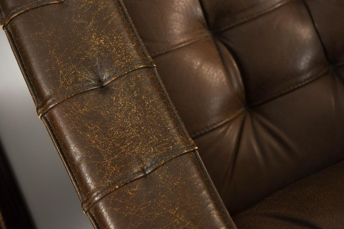 PAIR OF DANISH ODDVAR VAD LEATHER LOUNGE CHAIRS - 10