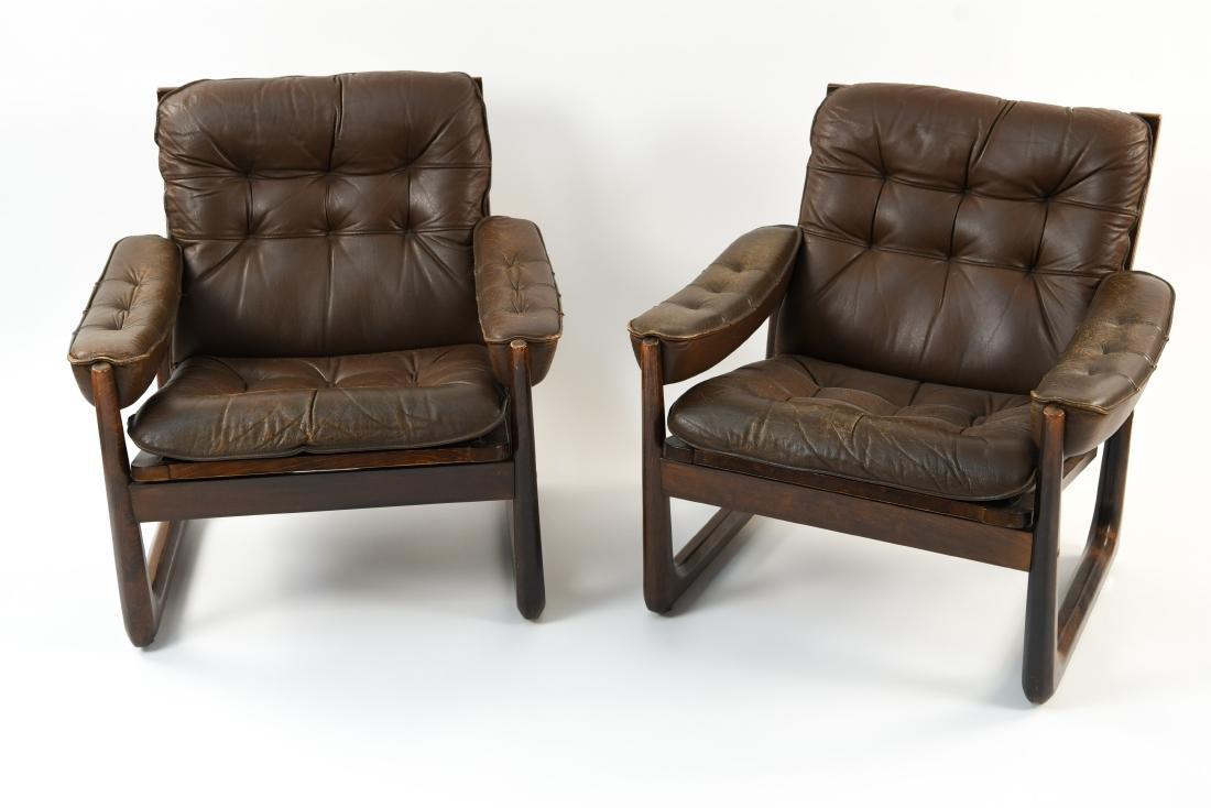 PAIR OF DANISH ODDVAR VAD LEATHER LOUNGE CHAIRS