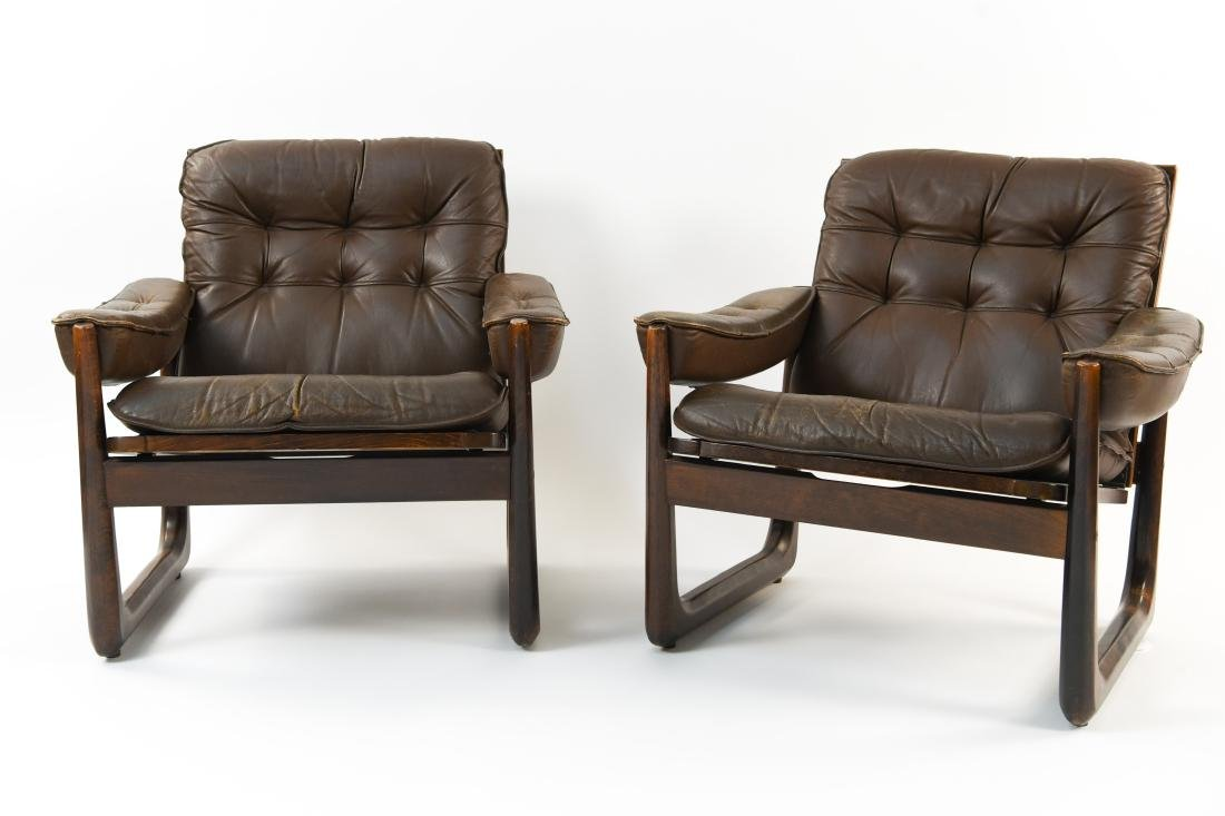 PAIR OF DANISH ODDVAR VAD LEATHER LOUNGE CHAIRS - 2