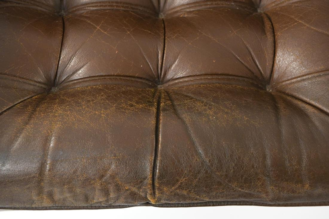 PAIR OF DANISH ODDVAR VAD LEATHER LOUNGE CHAIRS - 8