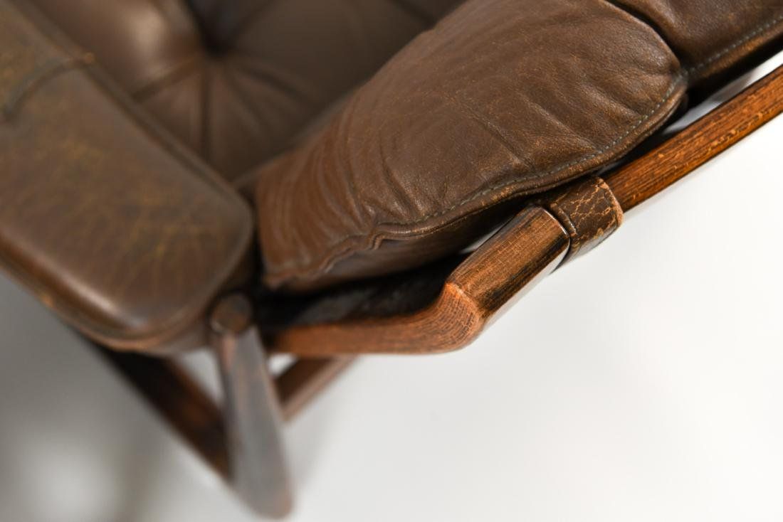 PAIR OF DANISH ODDVAR VAD LEATHER LOUNGE CHAIRS - 9