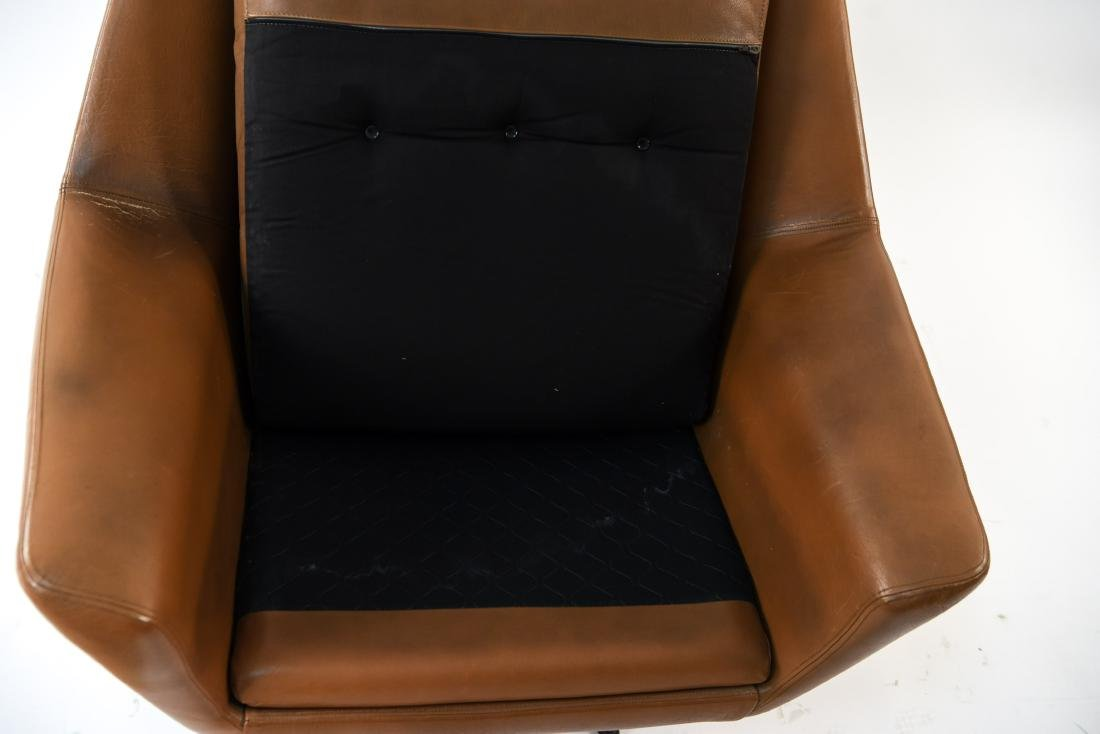 DANISH MID-CENTURY LEATHER LOUNGE CHAIR & OTTOMAN - 10