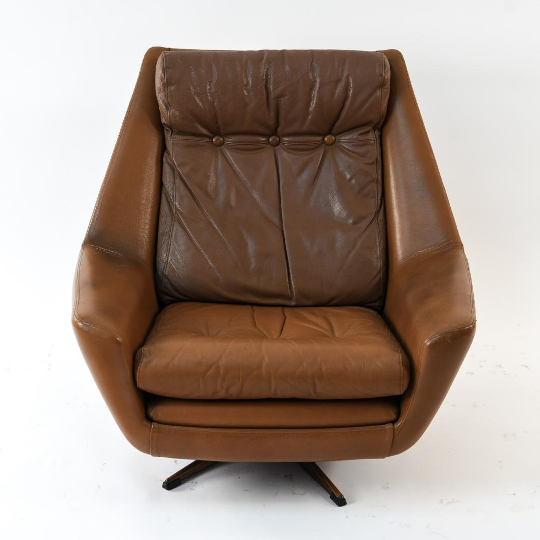 DANISH MID-CENTURY LEATHER LOUNGE CHAIR & OTTOMAN - 9