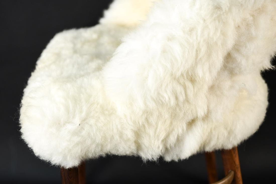 DANISH FRODE HOLM VANITY CHAIR IN LAMBS WOOL - 9