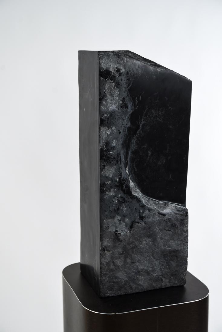 MANNER OF MINORU NIIZUMA BLACK MARBLE SCULPTURE