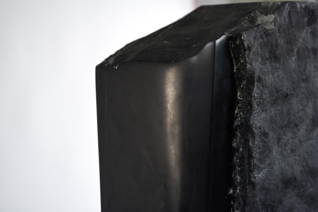 MANNER OF MINORU NIIZUMA BLACK MARBLE SCULPTURE - 9