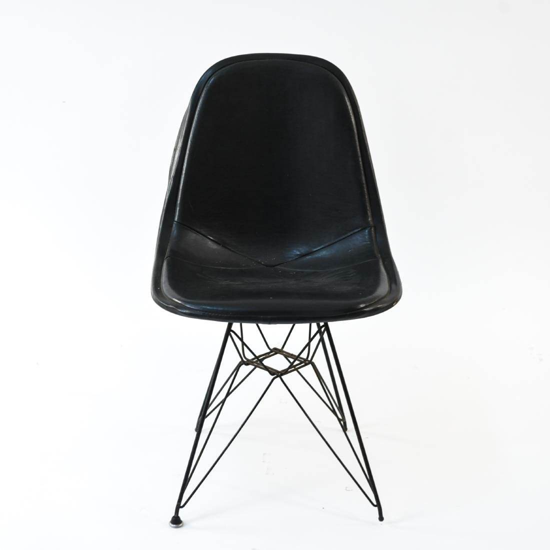 EAMES EIFFEL TOWEL CHAIR