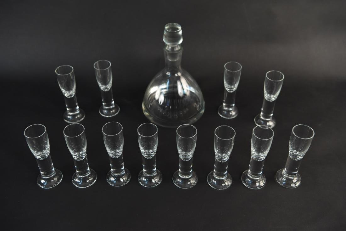DECANTER & CORDIAL GLASS GROUPING