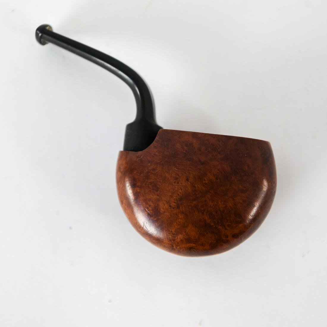 GROUPING OF MID-CENTURY SMOKING PIPES - 7