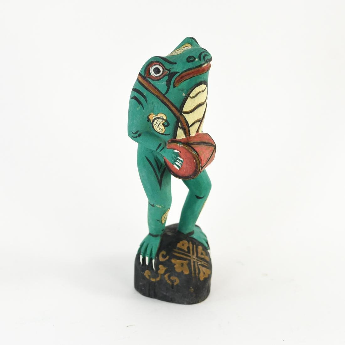 GROUPING OF FOLK ART WOODEN FROGS - 7