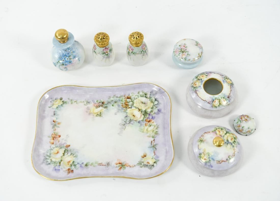 GROUPING OF PORCELAIN INCL. LIMOGES