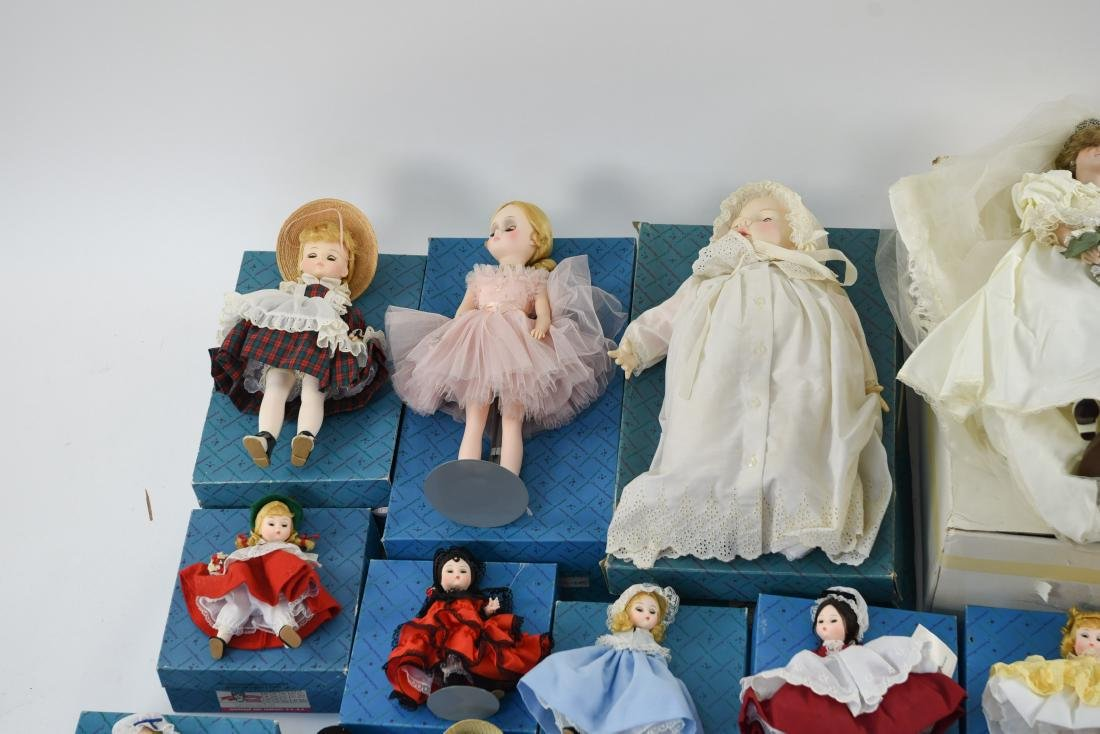 LARGE GROUPING OF MADAME ALEXANDER DOLLS - 2