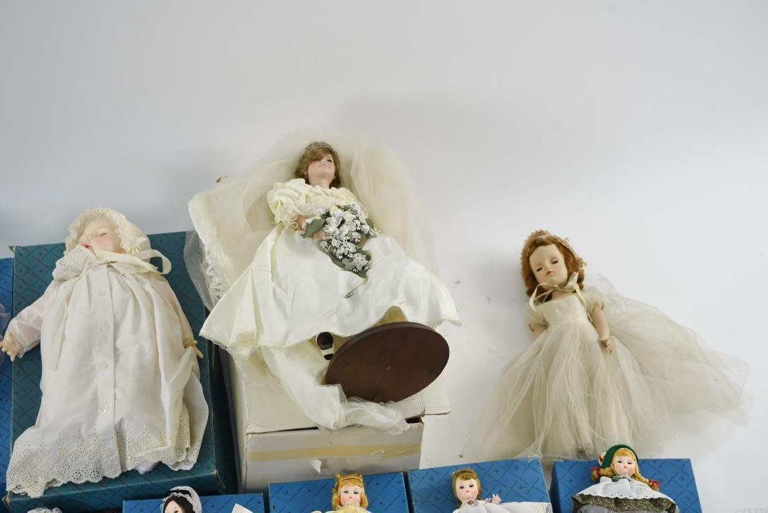 LARGE GROUPING OF MADAME ALEXANDER DOLLS - 3