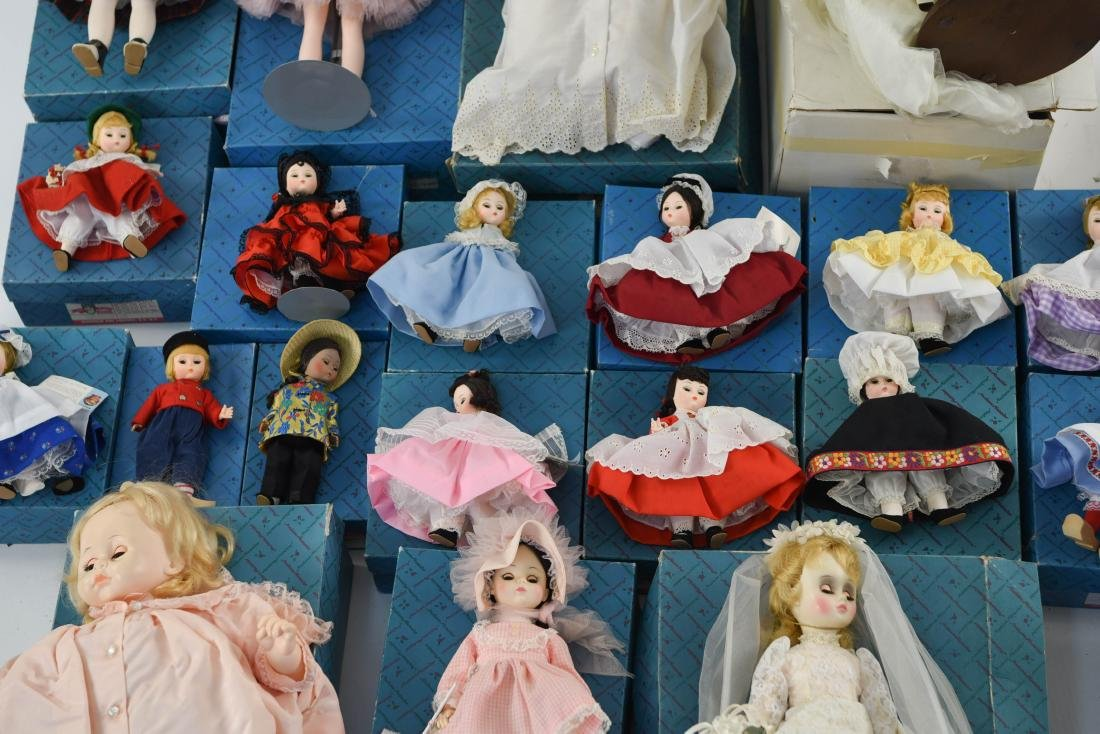 LARGE GROUPING OF MADAME ALEXANDER DOLLS - 5