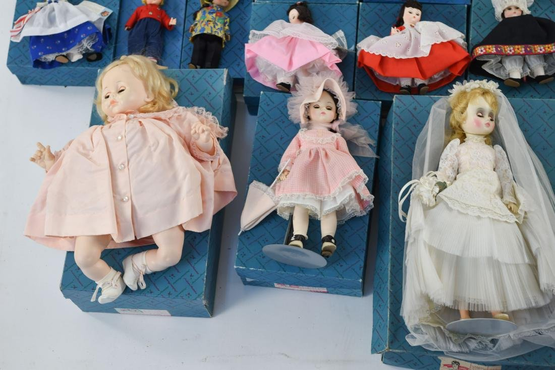 LARGE GROUPING OF MADAME ALEXANDER DOLLS - 7