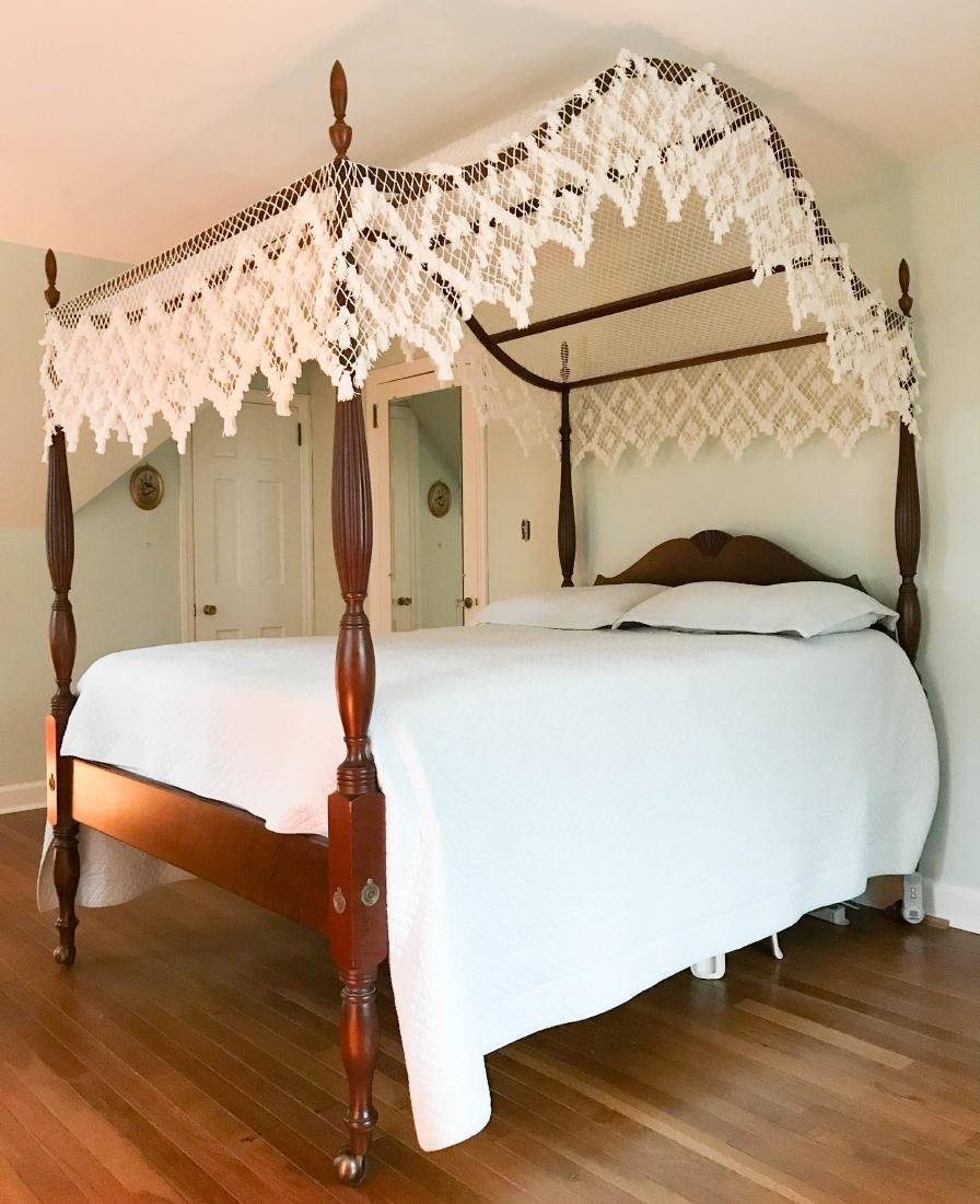 VINTAGE MAHOGANY FOUR POSTER BED - 3