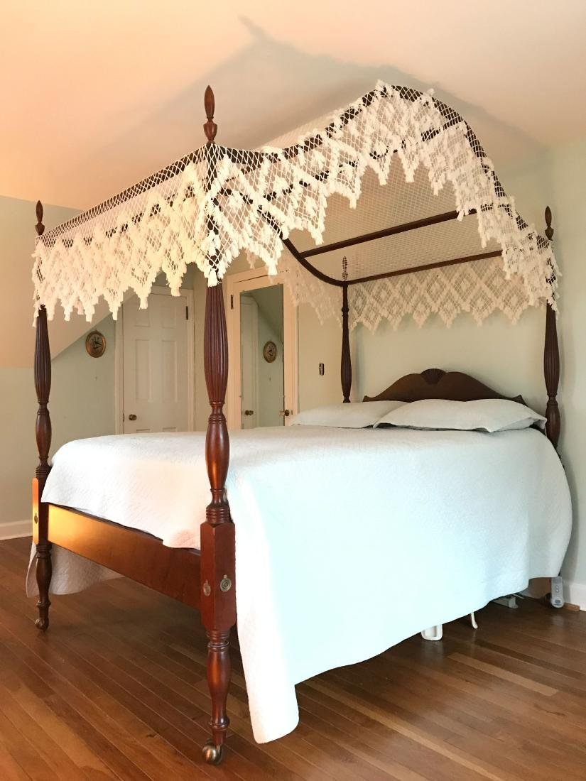 VINTAGE MAHOGANY FOUR POSTER BED - 4