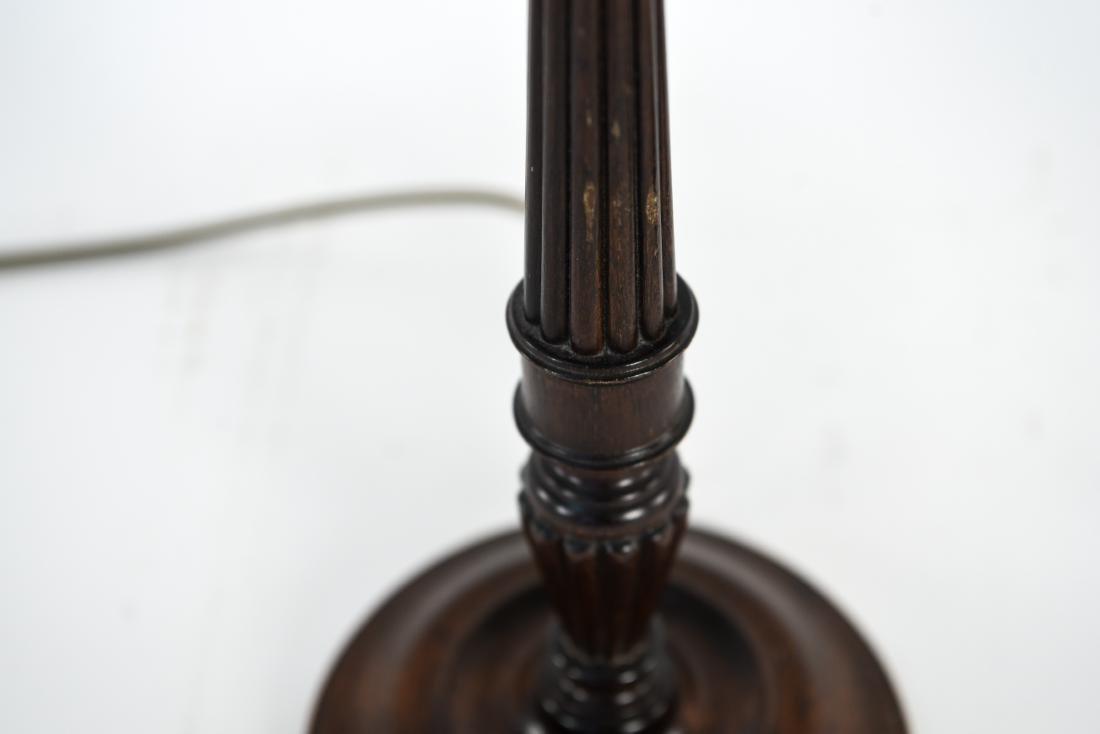 PAIR OF WOODEN COLUMN LAMPS - 4