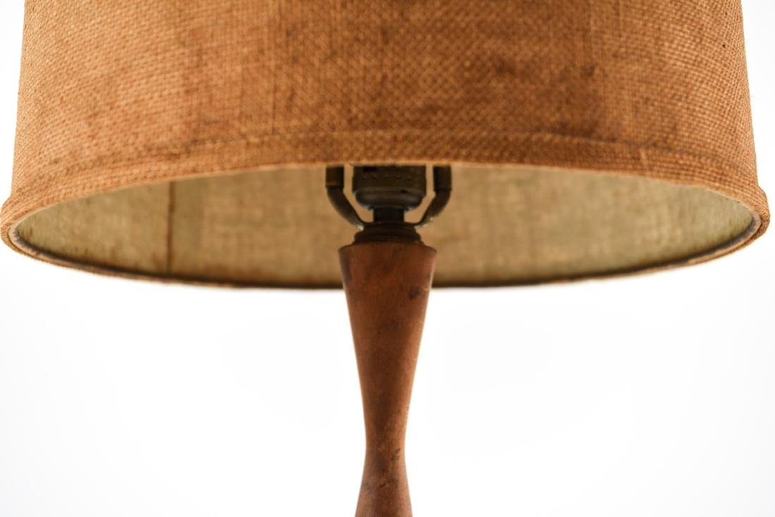 MID-CENTURY LAMP - 4