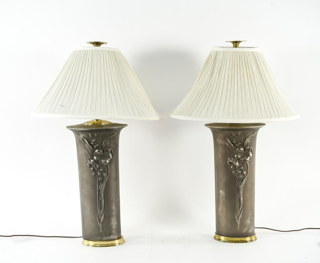 PAIR OF CERAMIC LAMPS