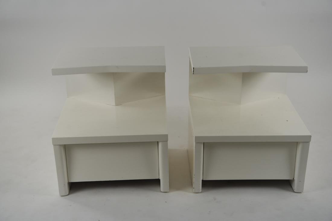 PAIR OF WHITE LACQUERED MID-CENTURY NIGHTSTANDS - 4