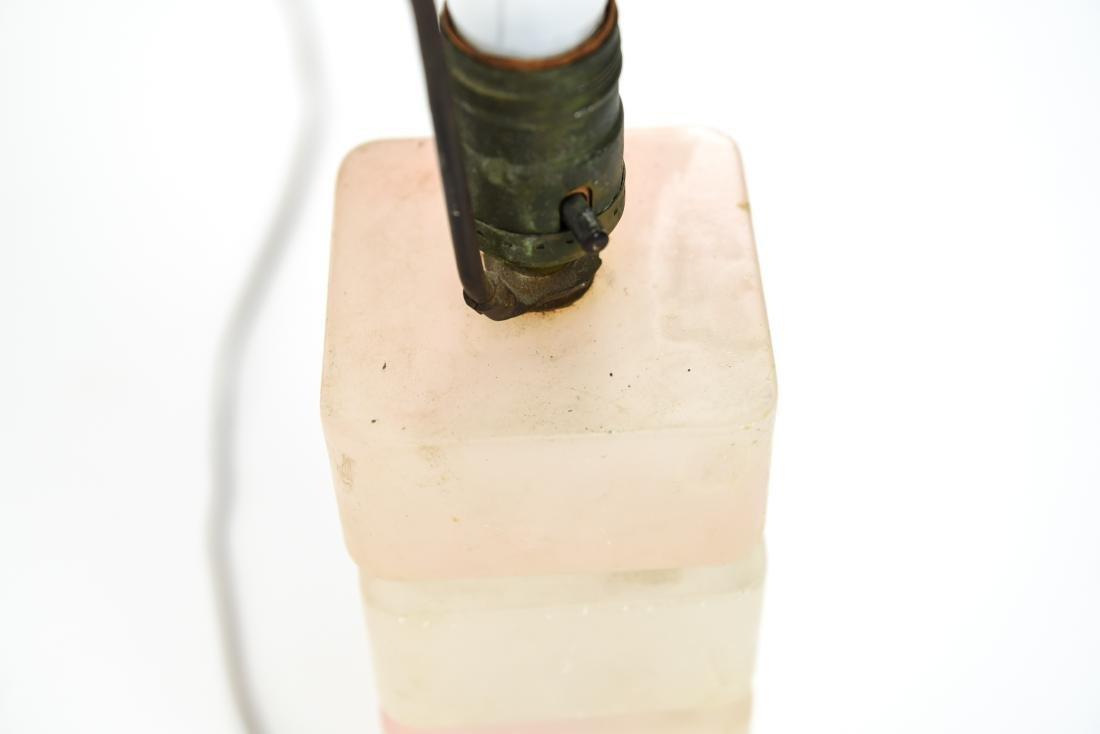 MID-CENTURY STACKED ACRYLIC RESIN LAMP - 3