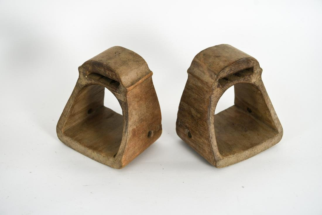 GROUPING OF ANTIQUE AND VINTAGE WOODEN STIRRUPS - 5