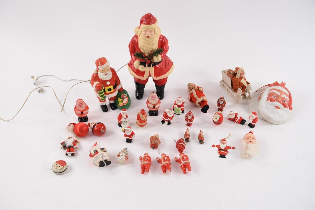 GROUPING OF VINTAGE CHRISTMAS SANTAS