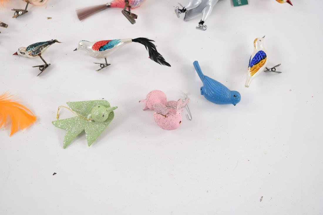 GROUPING OF VINTAGE BIRD CHRISTMAS ORNAMENTS - 7