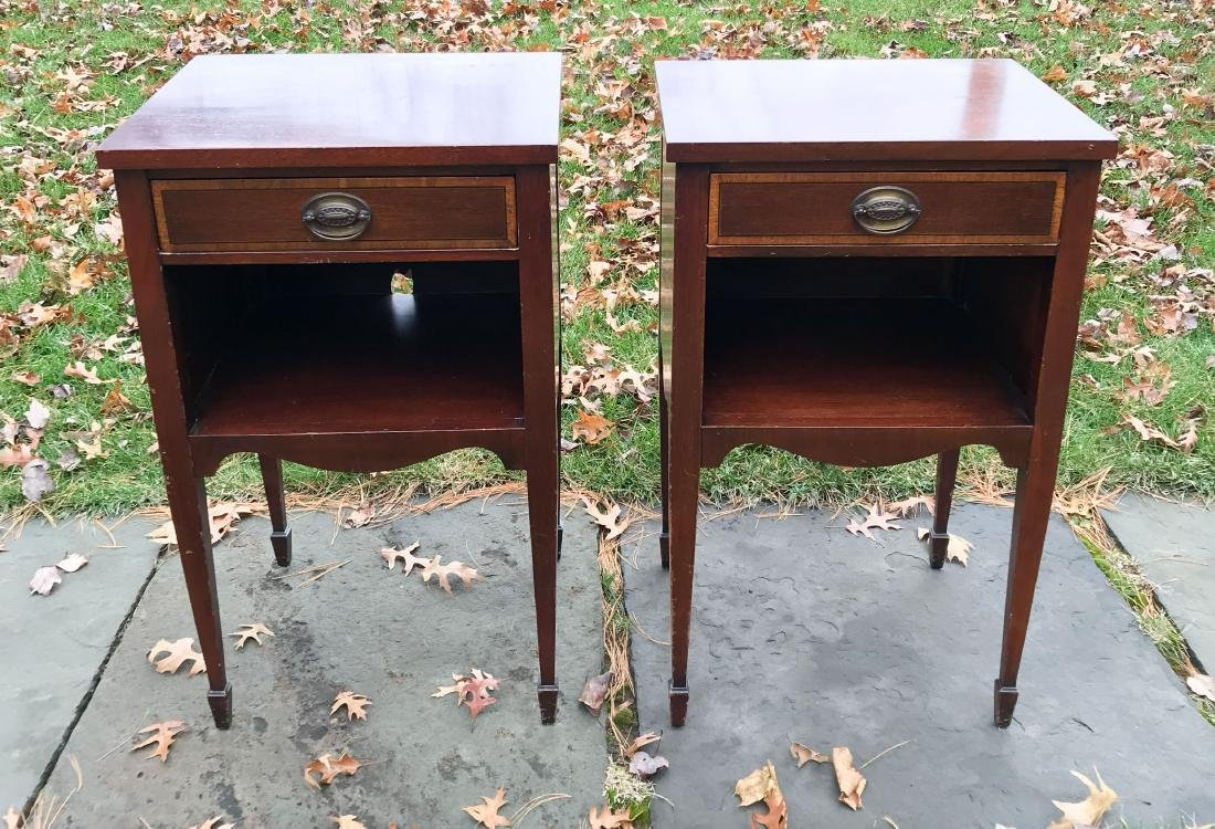 PAIR OF SINGLE DRAWER NIGHT STANDS - 2