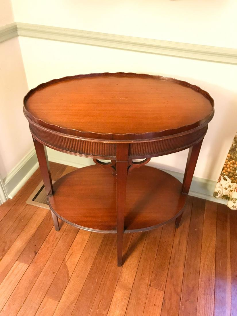 VINTAGE MAHOGANY OCCASIONAL TABLE - 2
