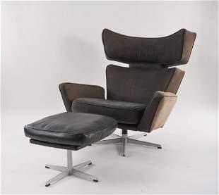 ARNE JACOBSEN OX LOUNGE CHAIR & OTTOMAN C. 1966