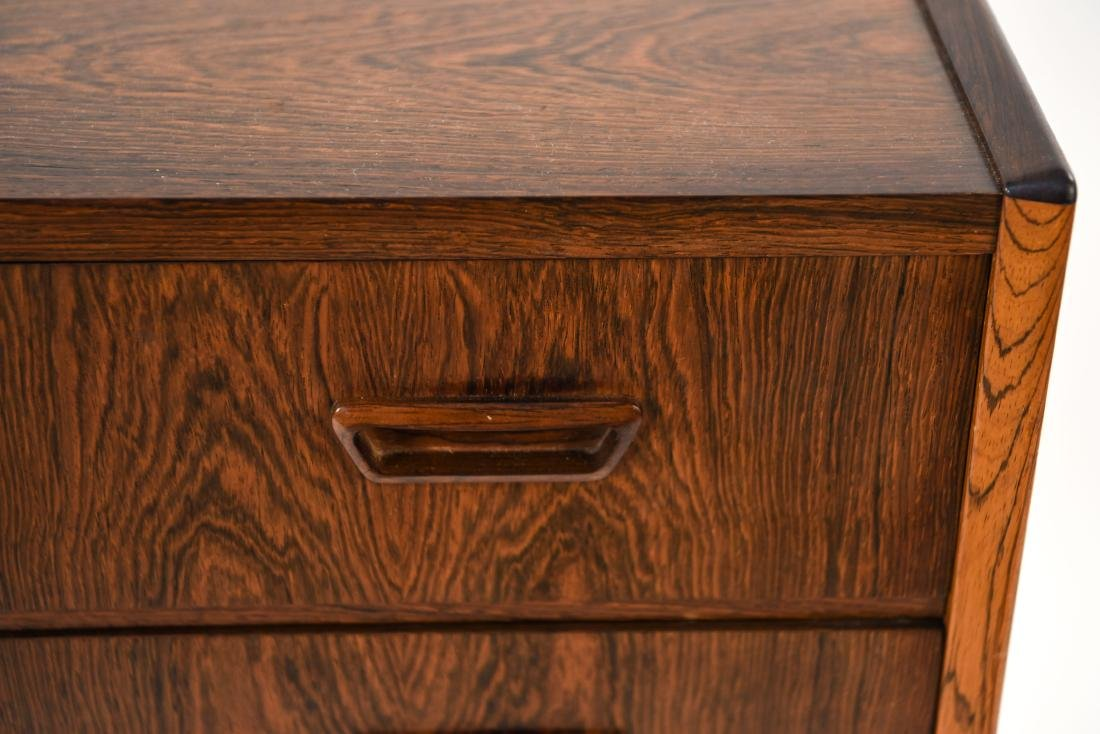 DANISH MID-CENTURY FOUR DRAWER ROSEWOOD CHEST - 3