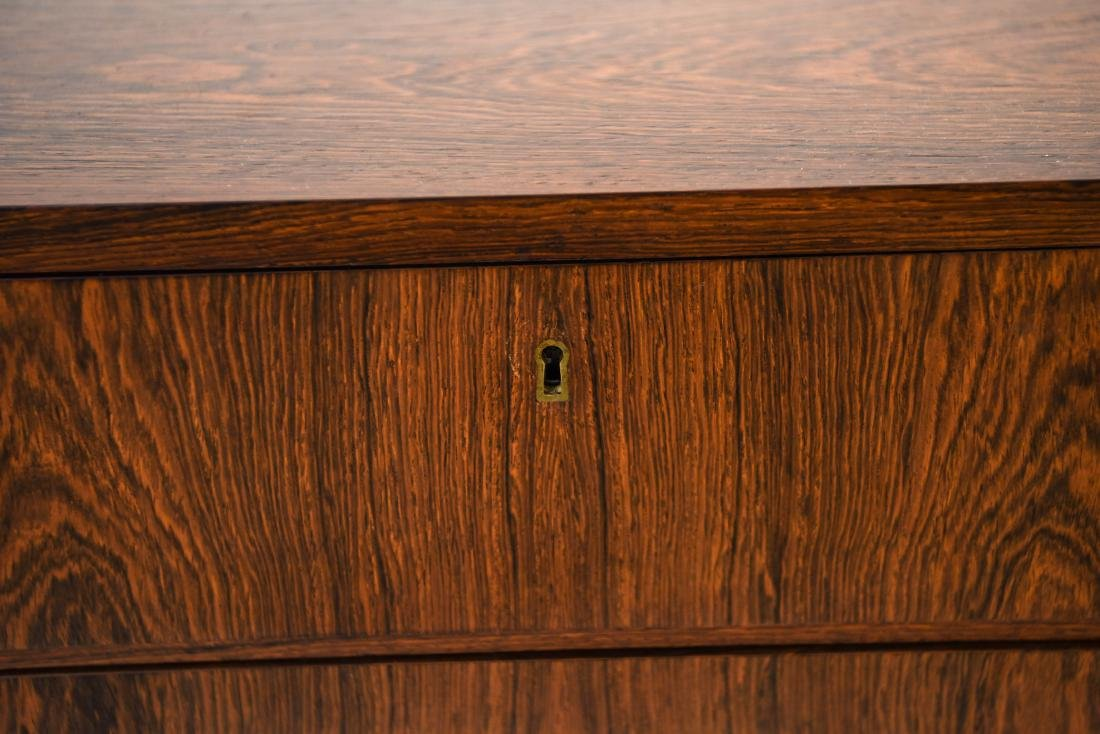 DANISH MID-CENTURY FOUR DRAWER ROSEWOOD CHEST - 4