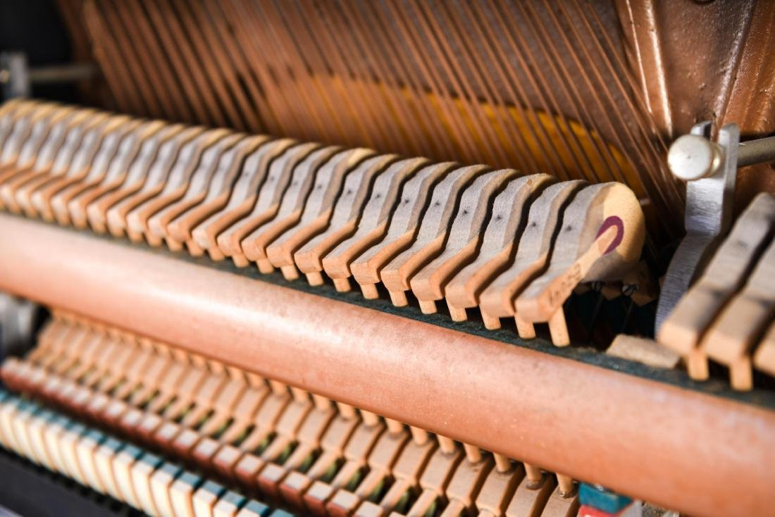 STEINWAY & SONS UPRIGHT PIANO - 15