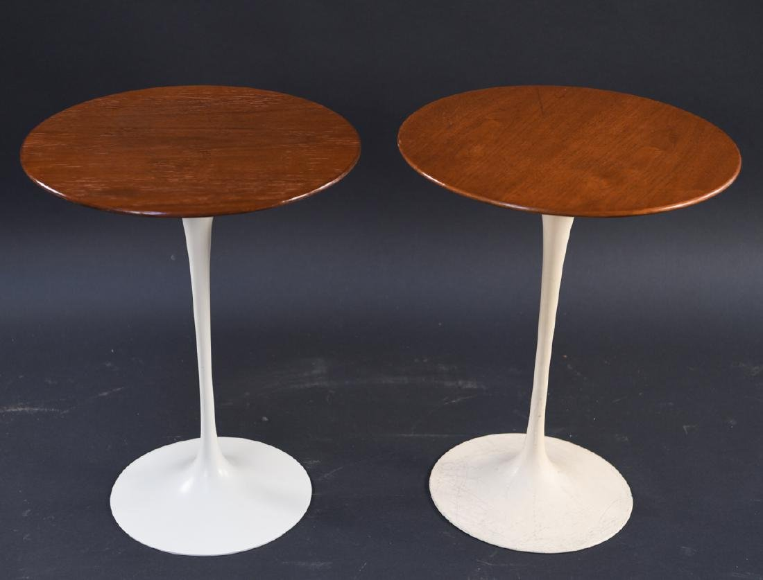 PAIR OF SAARINEN FOR KNOLL DRINK STANDS - 2