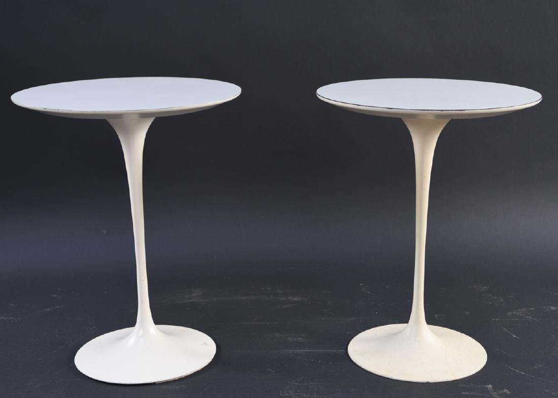 PAIR OF SAARINEN FOR KNOLL DRINK STANDS