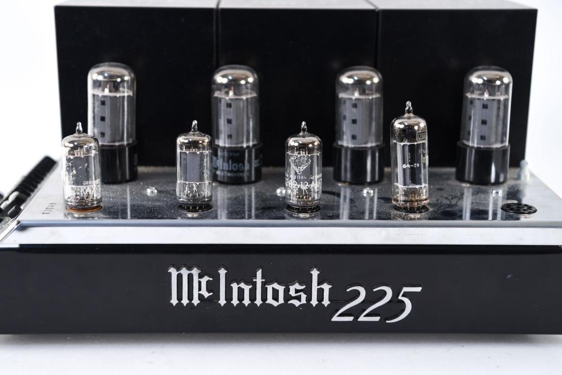 MCINTOSH MODEL MC225 VACUUM TUBE AMPLIFIER - 4