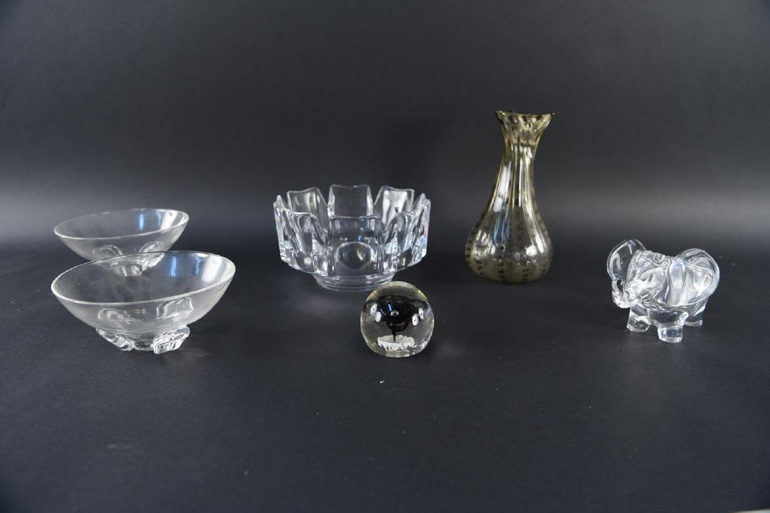 GROUPING OF MODERN GLASS INCL. STEUBEN, ORREFORS