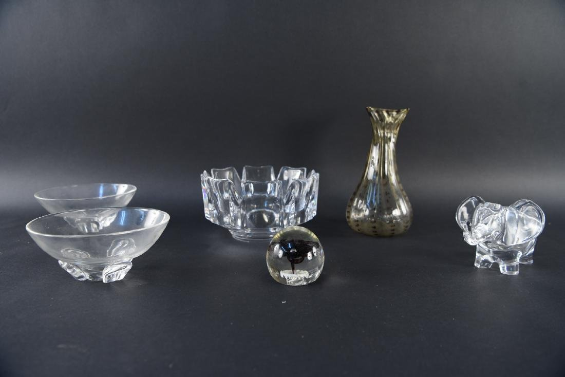 GROUPING OF MODERN GLASS INCL. STEUBEN, ORREFORS - 2