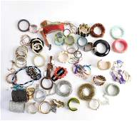 LARGE GROUPING OF COSTUME JEWELRY BANGLES