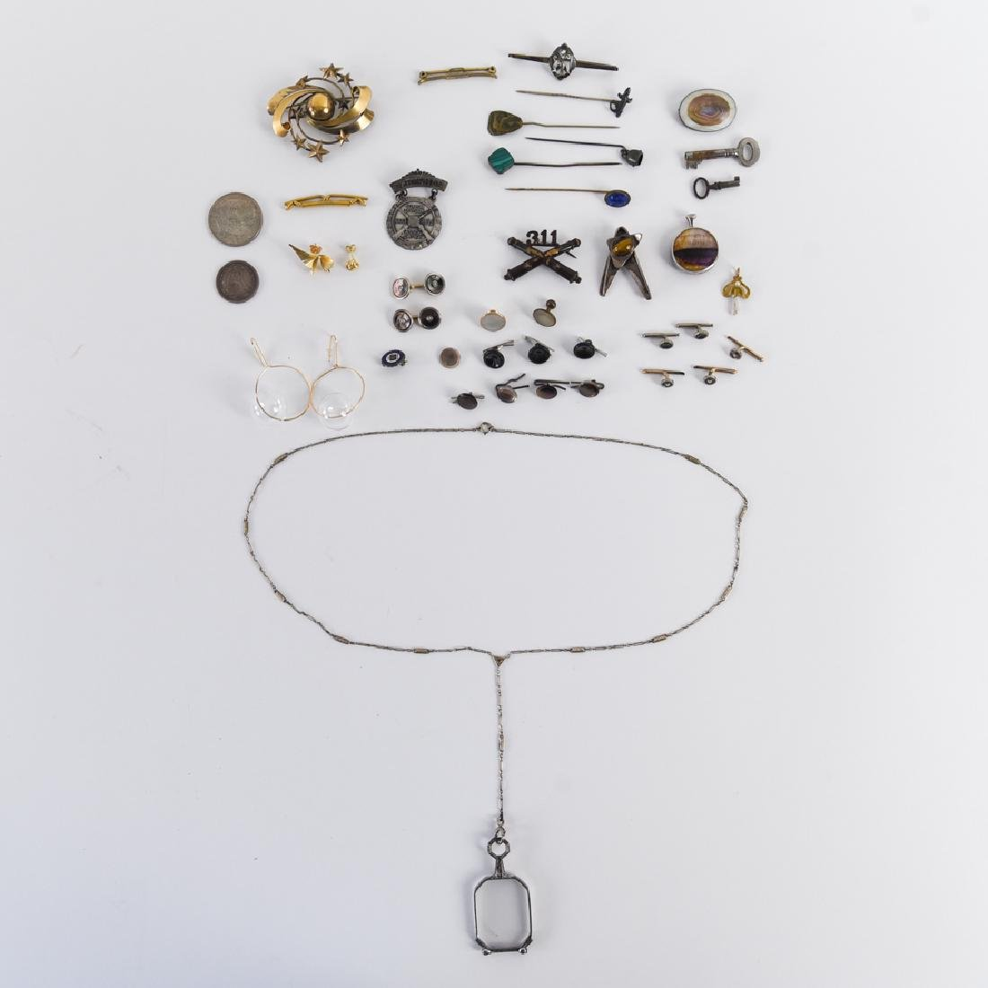 GROUPING OF ANTIQUE AND VINTAGE JEWELRY