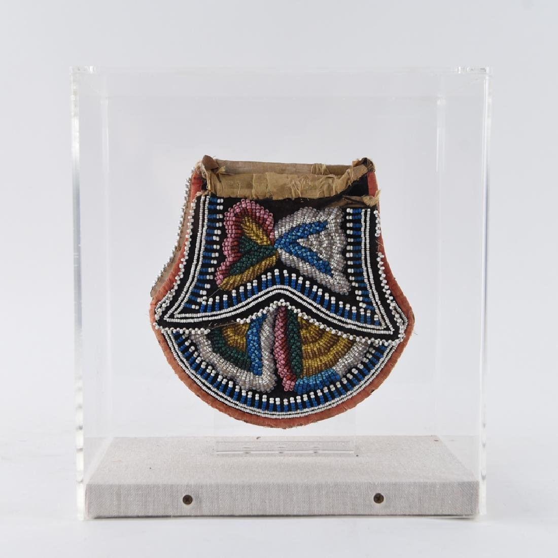 MI'KMAQ EARLY 20TH C. NATIVE AMERICAN BEADED BAG