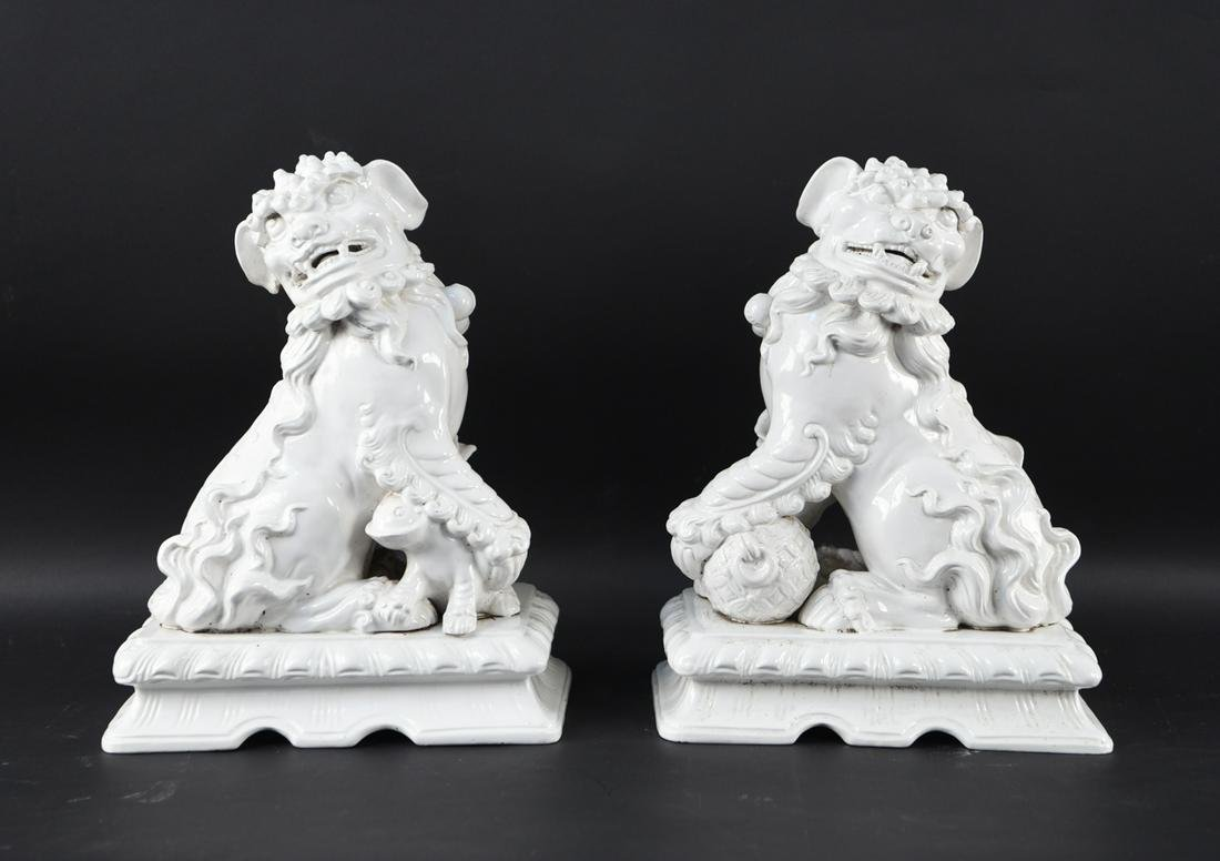 PAIR OF CHINESE CERAMIC FOO DOGS