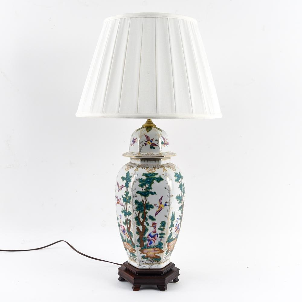 CHINOISERIE DECORATED LIDDED JAR LAMP