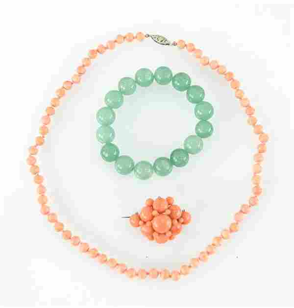 GROUPING OF JEWELRY INCL. CORAL