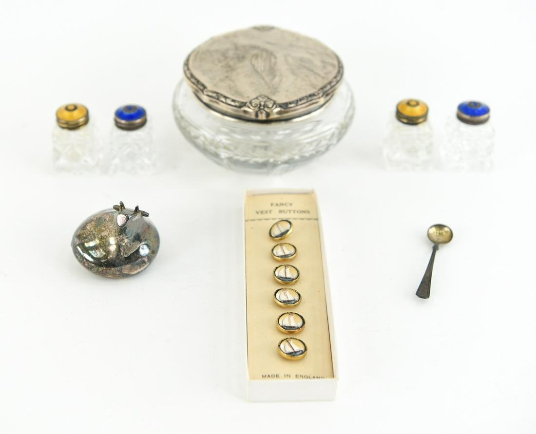 GROUPING INCLUDING STERLING SILVER