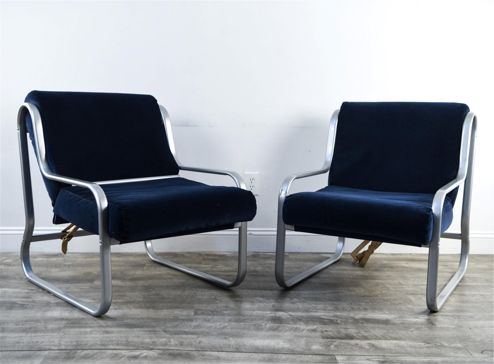 PAIR OF CHROME SLING LOUNGE CHAIRS