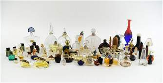 LARGE GROUP OF ANTIQUEVINTAGE PERFUME BOTTLES